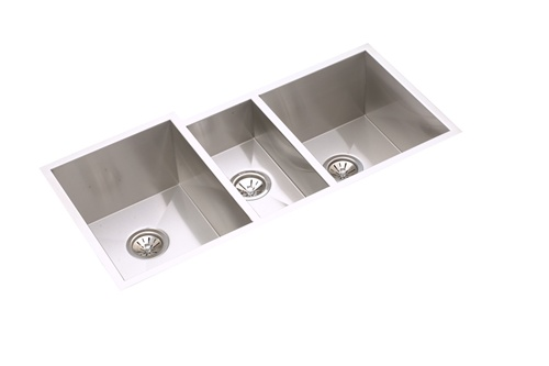 Elkay   EFU402010   Avado Triple Bowl Undermount Sink, 3 Bowls, Stainless  Steel